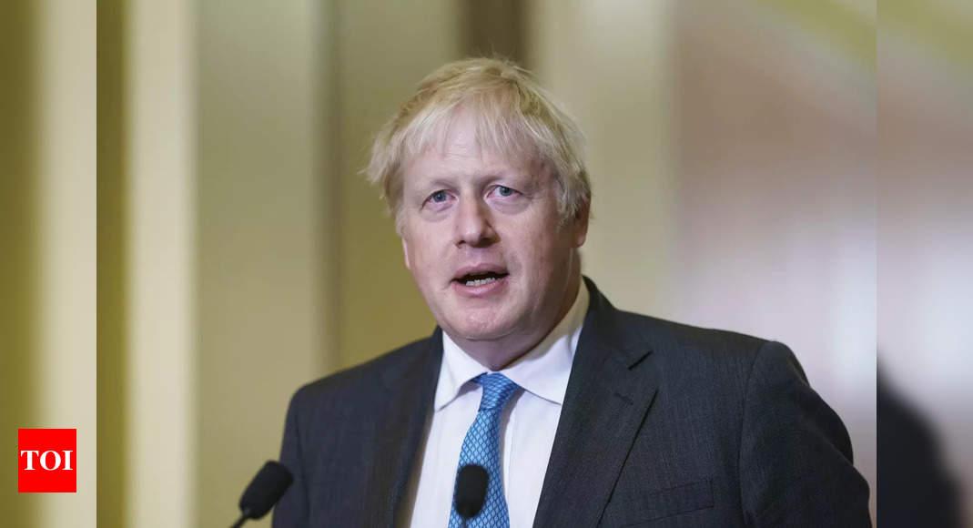 Photo de Le Premier ministre britannique touché par la crise fait face à une conférence de parti délicate