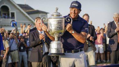 Photo de Phil Mickelson est le premier grand vainqueur en titre à disputer le Champions Tour